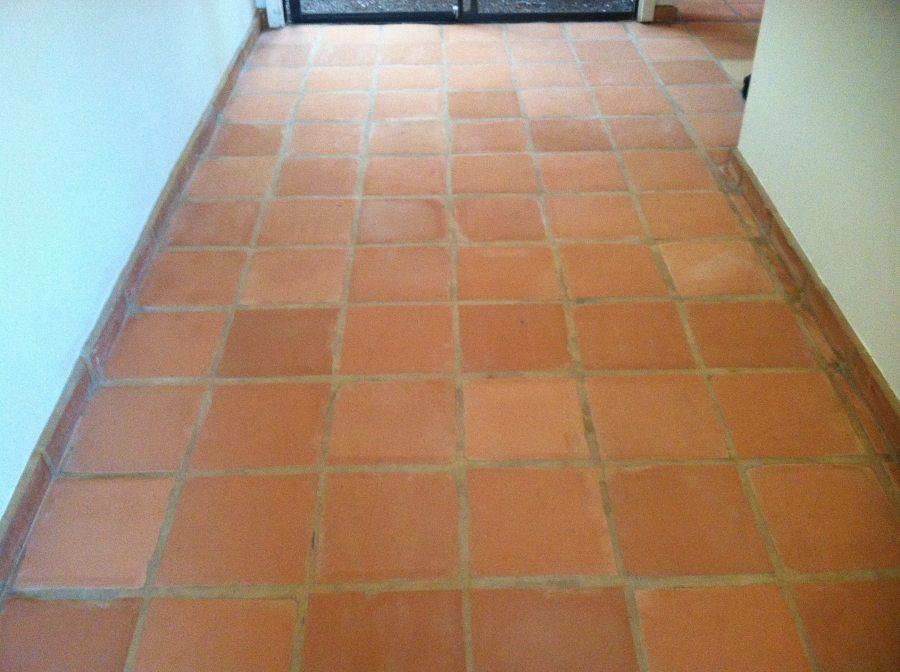 Before: Saltillo hallway Chandler | Saltillo Interior | Photo Gallery | Baker's Travertine Power Clean
